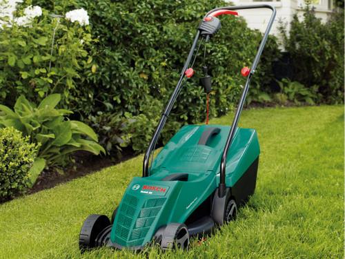 Bosch ARM 32 in de tuin